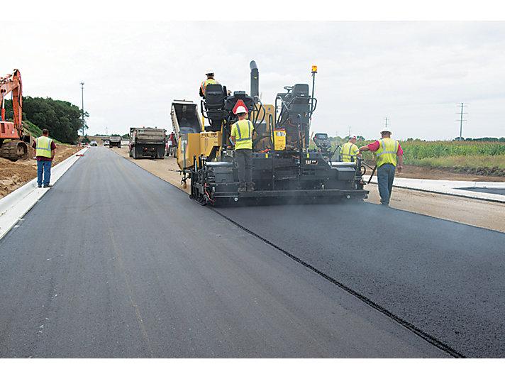 Caterpillar machinery construction agircultre building lifting work tool equipment asphalt paver ap655f