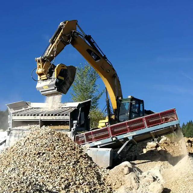 MB Crusher Bucket is suitable for Caterpillar, Komatsu, XCMG, Volvo, Hitachi, Doosan, JCB, Bobcat, John Deere, Liebherr Excavator