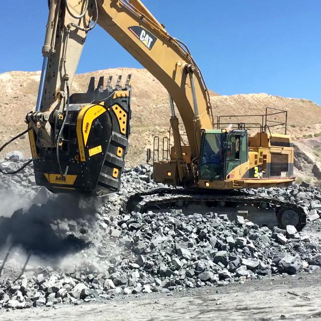 MB Crusher Bucket BF150.10 for Caterpillar, Komatsu, XCMG, Volvo, Hitachi, Doosan, JCB, Bobcat, John Deere, Liebherr, Hyundai Excavator
