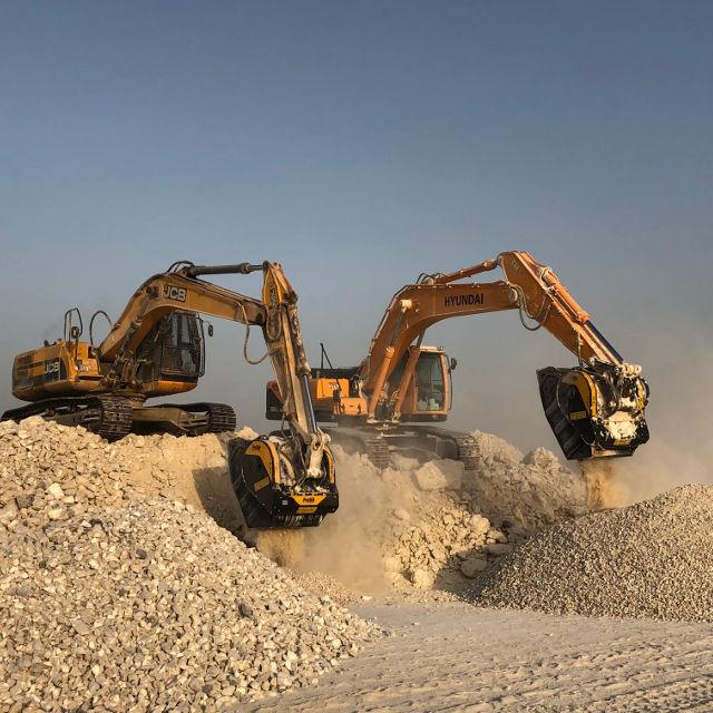 MB Crusher Manufacturer Bucket BF80.3 Demolitions Recycling Quarries Mines Roadworks Tunnels Backhoe Loader Mini Excavator